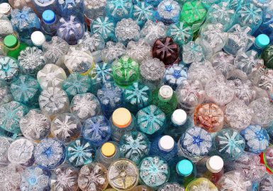 Transformando plástico em combustível