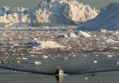 Um mar de lixo no Ártico