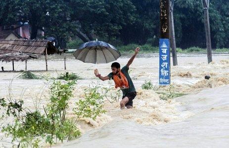 Enchente no Nepal - clima - climate