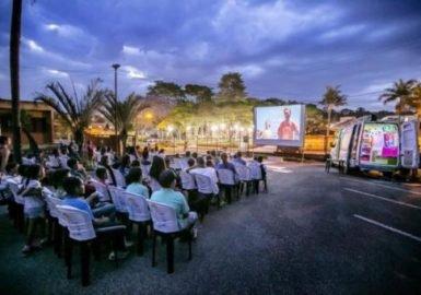 Van distribui cinema e sustentabilidade
