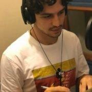 Gabriel Leone é a voz do São Francisco